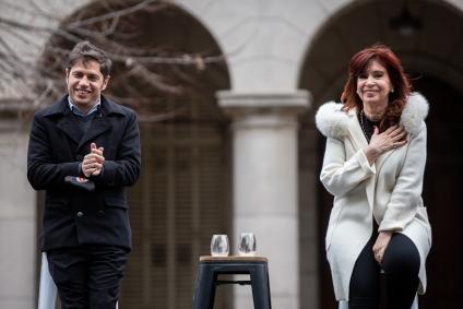 """Cristina Kirchner: """"Hay que dejar la vacuna y la pandemia afuera de la disputa política"""""""