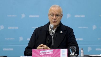 """Gollan: todas las vacunas que se aplican en el país """"son eficientes, incluso para la variante Delta"""""""