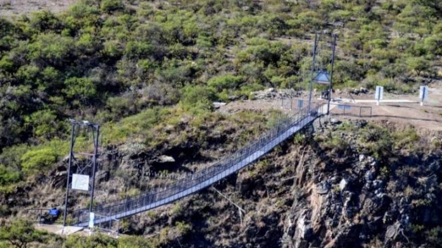 La Florida - Balde de La Isla, el imponente puente colgante