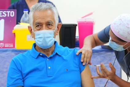 Alberto Rodríguez Saá recibió la vacuna Sputnik V